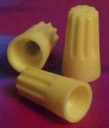 EASY-TWIST™ STANDARD TYPE WIRE CONNECTORS YELLOW