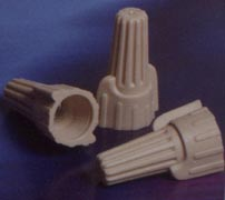 EASY-TWIST™  WINGED WIRE CONNECTOR TAN  22-8 AWG VOLTAGE: 600 VOLT 300VOLT